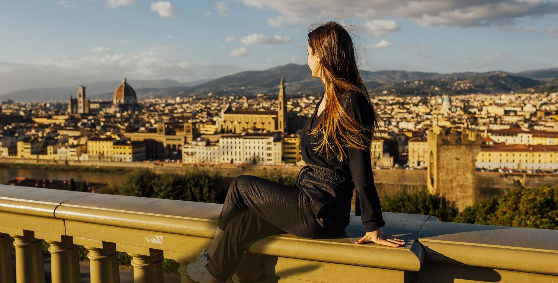A-Leine-für-die-Geschichte-von-Florenz-von-San-Niccolo-bis-Forte-Belvedere_v2
