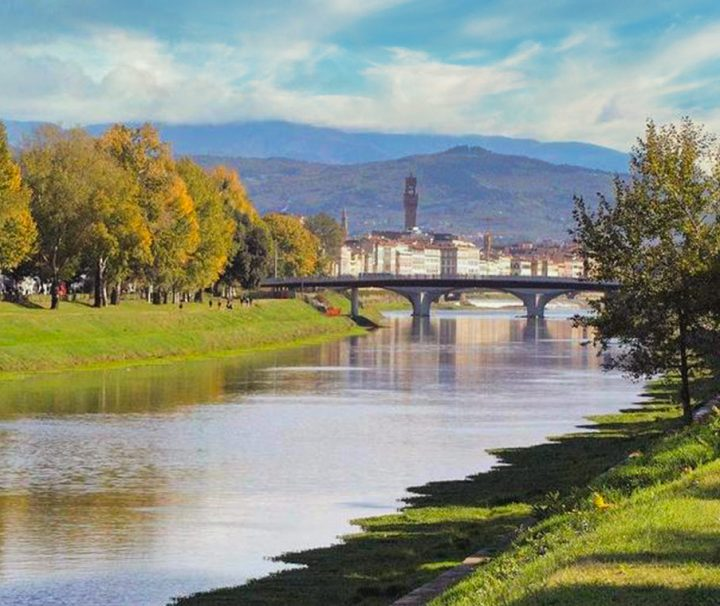 Parco-delle-Cascine-di-Firenze-with-a-dog