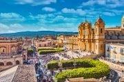 BauTour-in-Sicilia-con-un-cane-una-settimana-tra-gusto-storia-e-natura